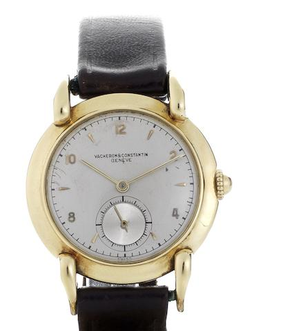Vacheron & Constantin. A fine 18ct gold manual wind wristwatch with tear-drop lugsCase No.302743, Movement No.467355, Circa 1940