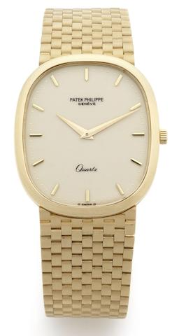 Patek Philippe. An 18ct gold quartz bracelet watch Ellipse, Ref:3838/1, Case No. 555569, Movement No. 1505003, Circa 1980