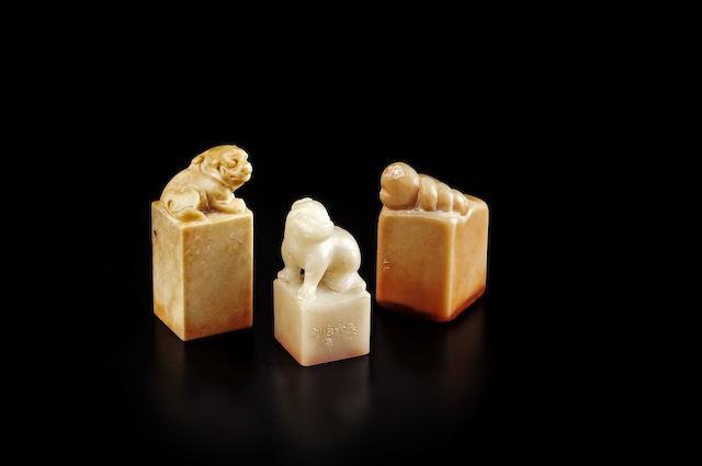 Three 'qianhuang', 'furong' and 'shoushan' seals Various carvers
