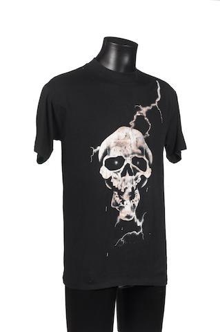 Gene Simmons: a 'skull' T-Shirt,