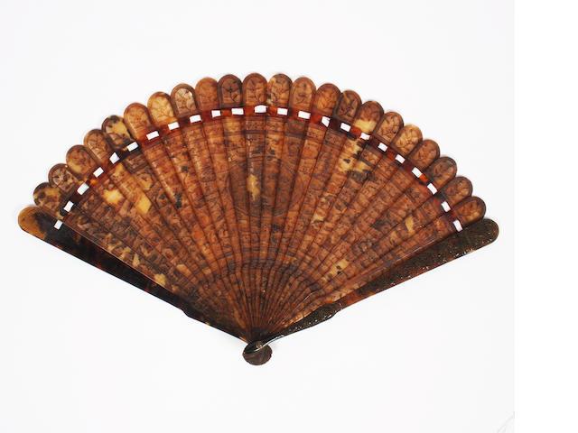 A Chinese tortoiseshell brisé fan, 19th century