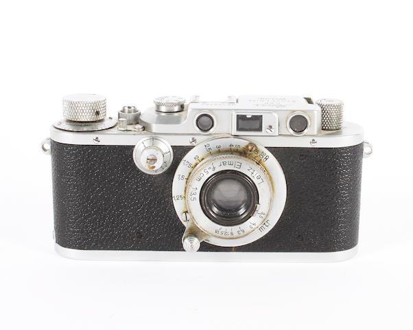 Leica IIIa camera