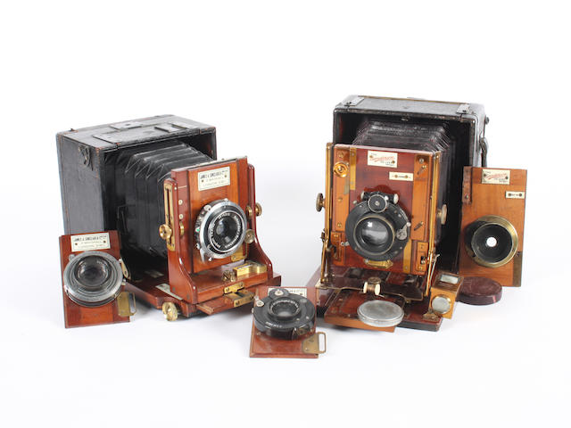 English hand and stand cameras