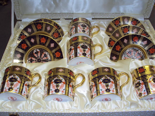 "A collection of Royal Crown Derby ""Old Imari"" pattern tea and dinner wares"