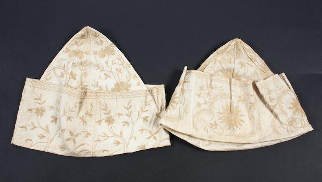 Two early 18th century gentlemen's nightcaps