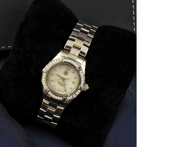 Tag Heuer: A lady's diamond set stainless steel Aquaracer wristwatchcirca 2009