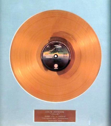 Status Quo: a Dutch 'Gold' sales award for the album 'Hello', December 1975,