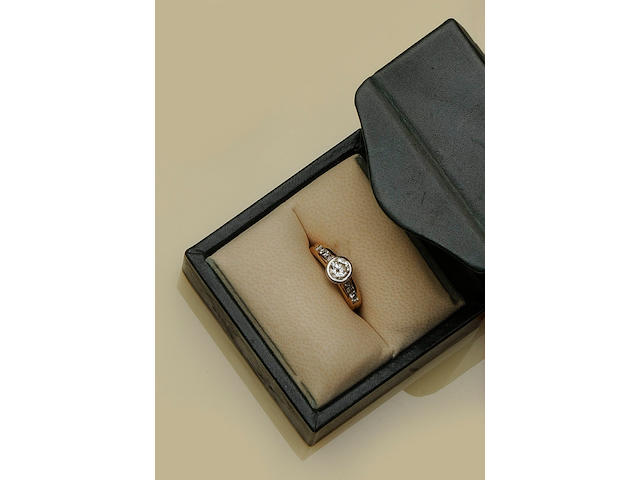 Boodles and Dunthorne: An 18ct rose gold diamond ring