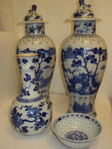 A box of Oriental ceramics (boxed by client - specialist to advise)