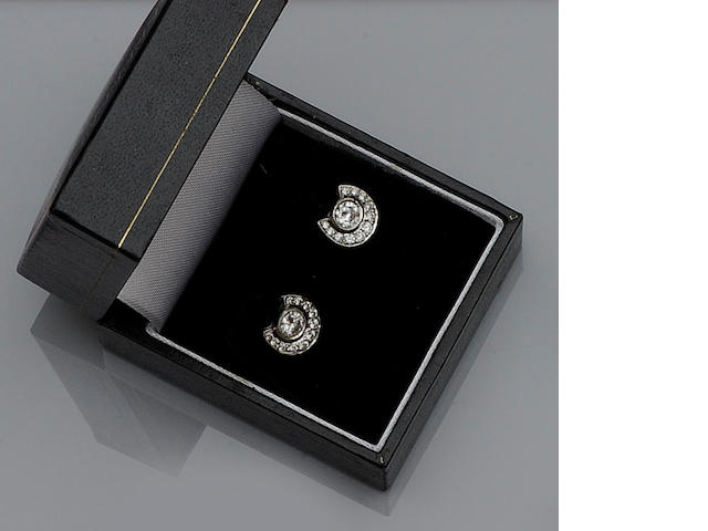 A pair of diamond horseshoe earstuds