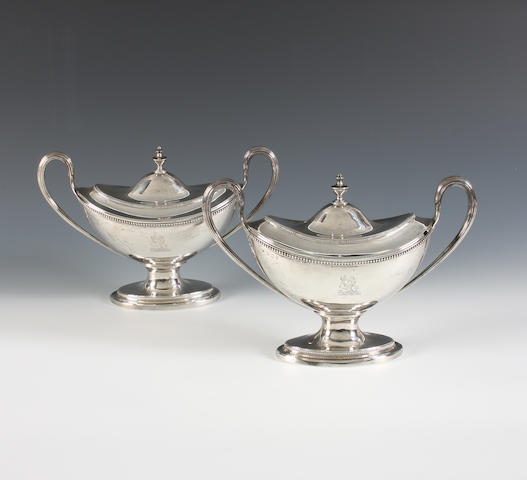 A pair of George III Irish silver sauce tureens and covers By Robert Williams, Dublin, 1788,  (4)