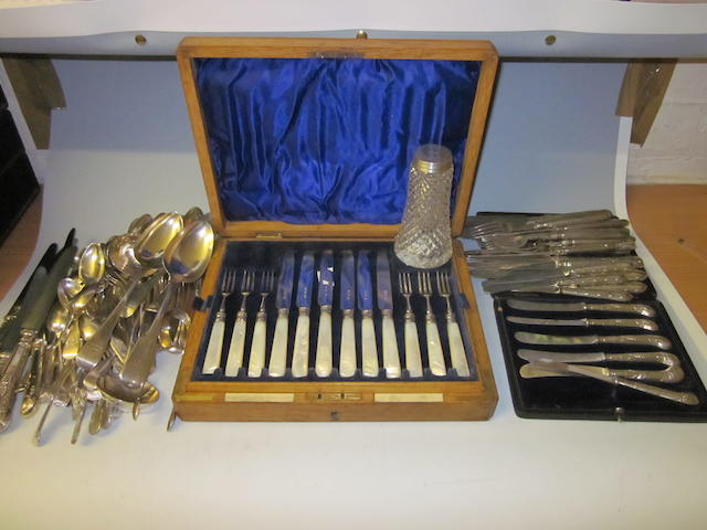 A cased set of mother of pearl dessert knives and forks, by Goldsmiths and Silversmiths Co. Ltd, London 1913,  (Qty)