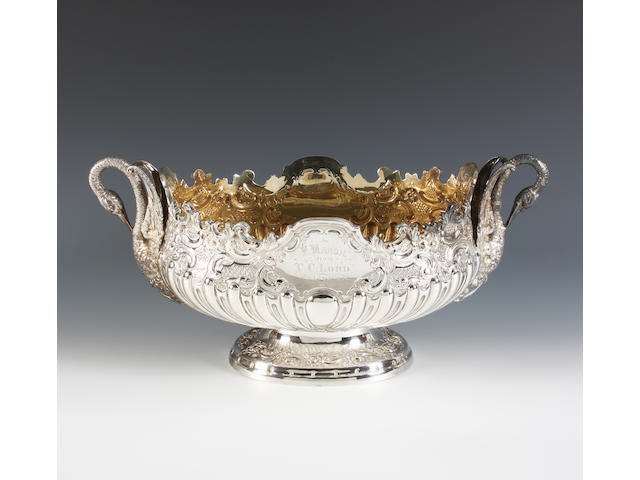 A late Victorian silver bowl By D and M Davis, London, 1898,