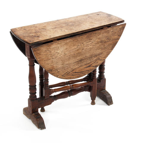A William & Mary oak gateleg occasional table