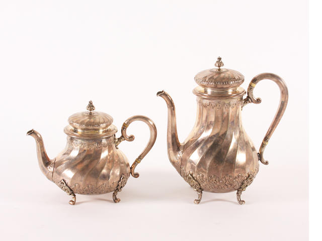 An early 19th century Norwegian silver teapot and coffee pot By J. Tostrup, 1908-09,  (2)