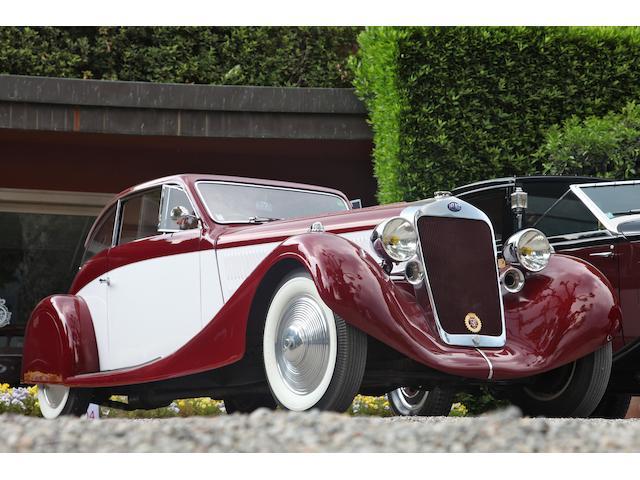 Mention d'honneur au Concours d'Elégance de Villa d'Este 2011,1935 Delage D8-105 Sport Coupé  Chassis no. 40123 Engine no. 6S