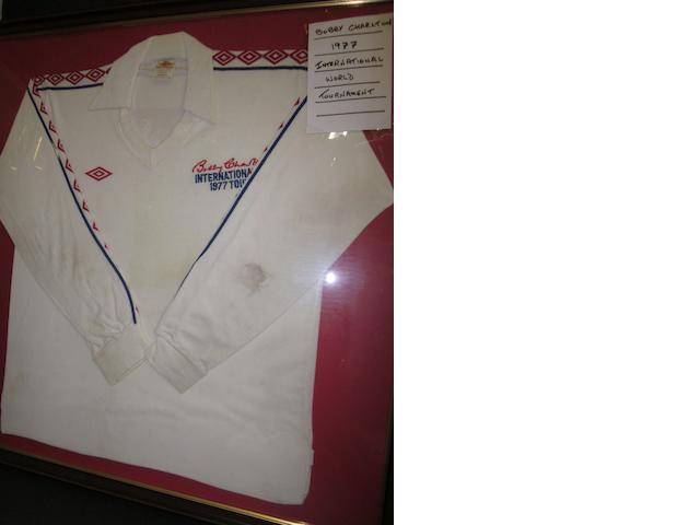 1977 Bobby Charlton world tournament - Tommy Smith match worn shirt