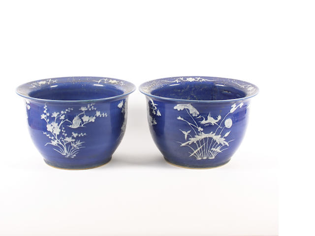 A pair of Chinese blue and white jardinieres
