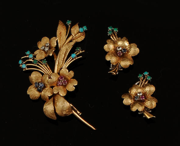 A vari-gem set suite of floral jewellery (3)