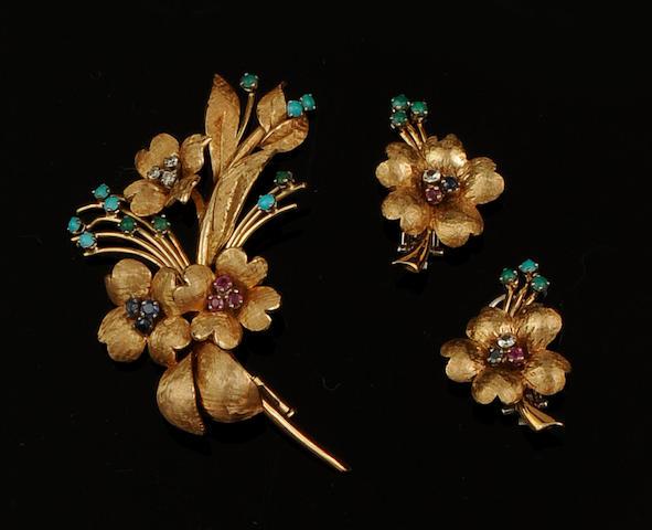 A vari-gem set suite of floral jewellery (3)