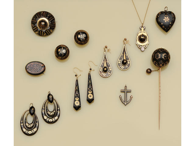A collection of assorted 19th century piquework tortoiseshell jewellery