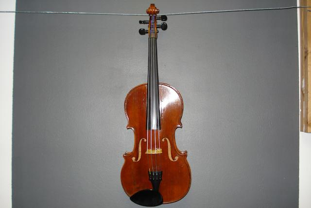 A French Violin by D. Nicolas circa 1790 (2)