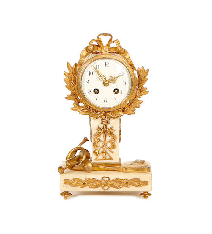 An early 20th century French marble mantel clock