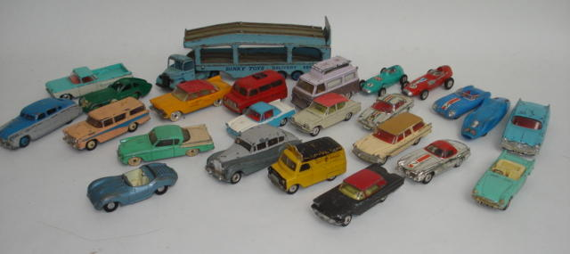 Dinky, Corgi and other diecast lot