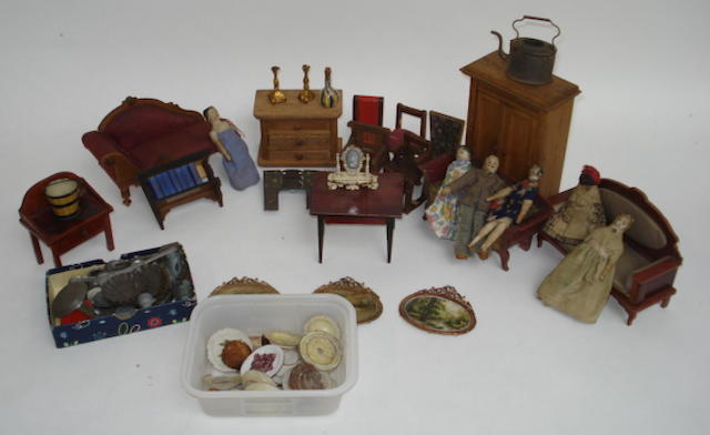 A good collection of dolls house furniture