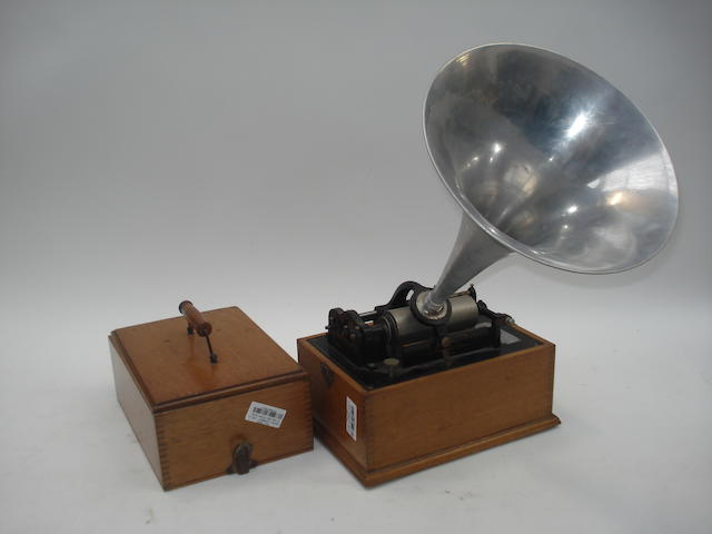 An early Edison Standard phonograph, Model A (type 2), 1899,