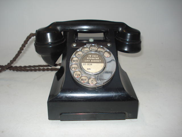 300-series range telephones: black bakelite,