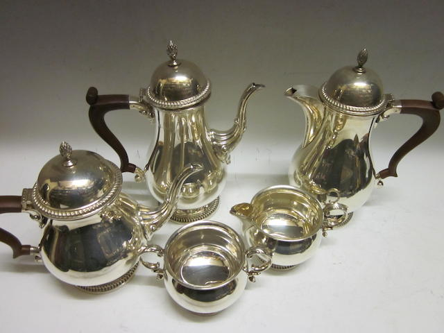 A matching tea and coffee service of five pieces, Birmingham 1971/1973,  (5)