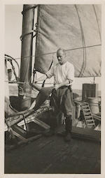 SHACKLETON-ROWETT EXPEDITION Collection of upwards of 100 photographs, 1921-1922
