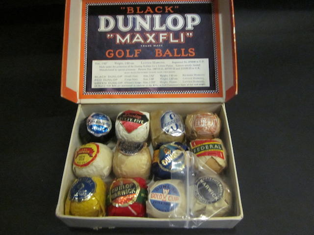 A Dunlop Maxfli 12 golf ball box circa 1930