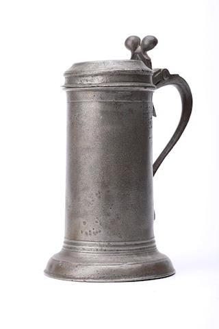 A late 17th Century beefeater flagon