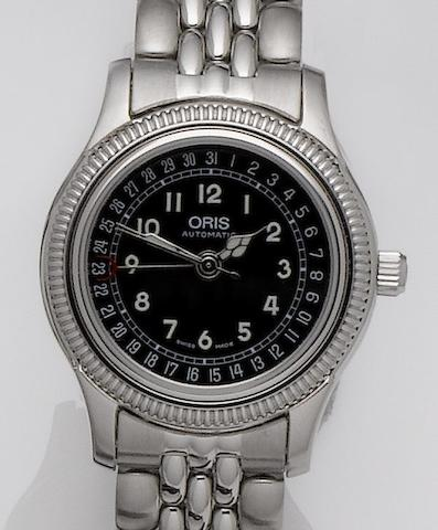 Oris. A stainless steel automatic calendar bracelet watch Ref:7466B, Recent