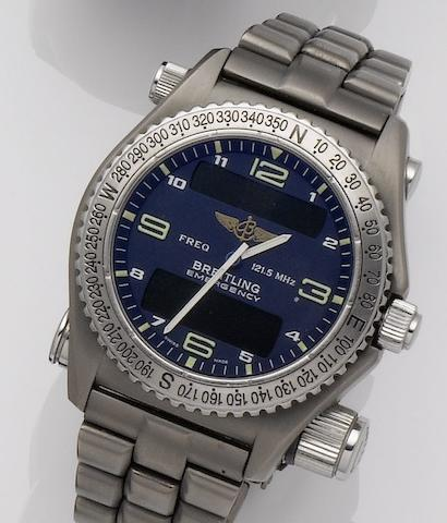Breitling. A titanium quartz pilots wristwatch with micro antenna for the aviation emergency frequency 121.5 MHzEmergency, E56121.1, contemporary