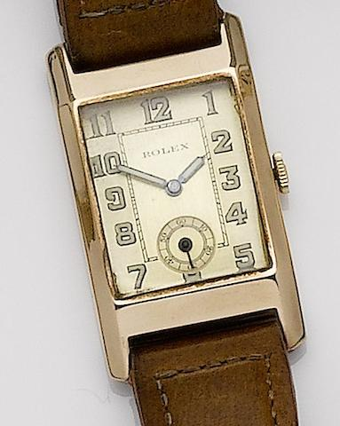 Rolex. A 9ct gold manual wind wristwatch1930's