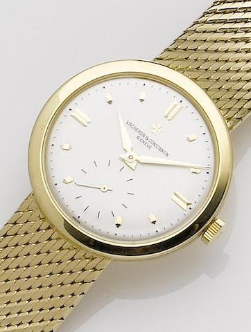 Vacheron Constantin. A fine 18ct gold manual wind bracelet watchChronometer Royal, Case No.359362, London hallmark for 1957