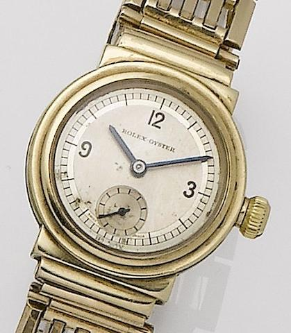 Rolex. A 9ct gold manual wind bracelet watch together with fitted Rolex boxOyster, Case No. 32191, Glasgow Hallmark for 1935