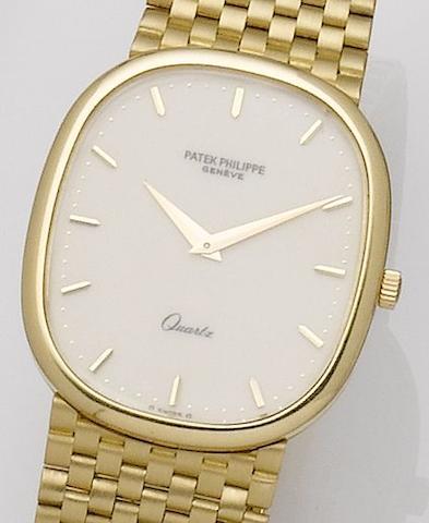 Patek Philippe. An 18ct gold quartz bracelet watch Ellipse, Ref:3838/1, Case No. 555569, Movement No. 1505003, Circa 1980