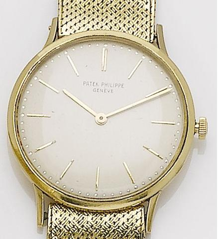 Patek Philippe. An 18ct gold manual wind bracelet watchRef. 3484, Case No. 2645333, Movement No. 1140468