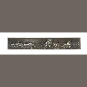A shibuichi kozuka Attributed to Funada Ikkin, late Goto School, (1812-1863), 19th century