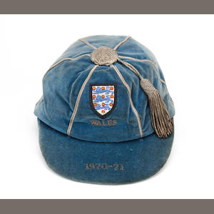 1970/71 England full international cap awarded to Tommy Smith