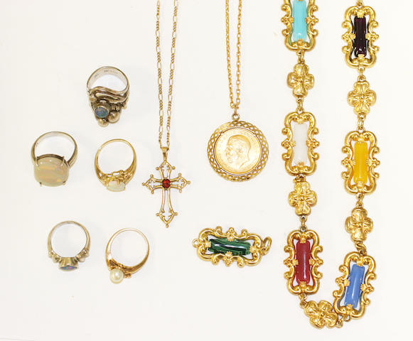 A collection of jewellery items, (8)
