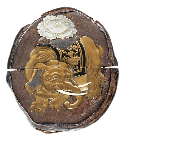 A rare reishi fungus single-case inro  19th century