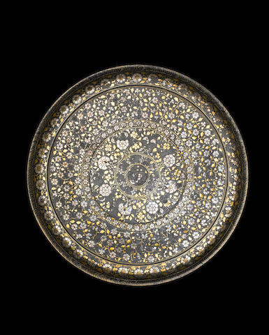 A fine Mughal silver and brass inlaid alloy bidri Tray Bidar, Deccan 17th Century