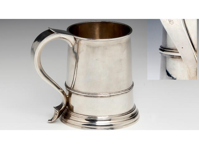 TRURO, CORNWALL: A George I Provincial mug by Richard Plint, Truro, circa 1715-25, makers mark only to the handle
