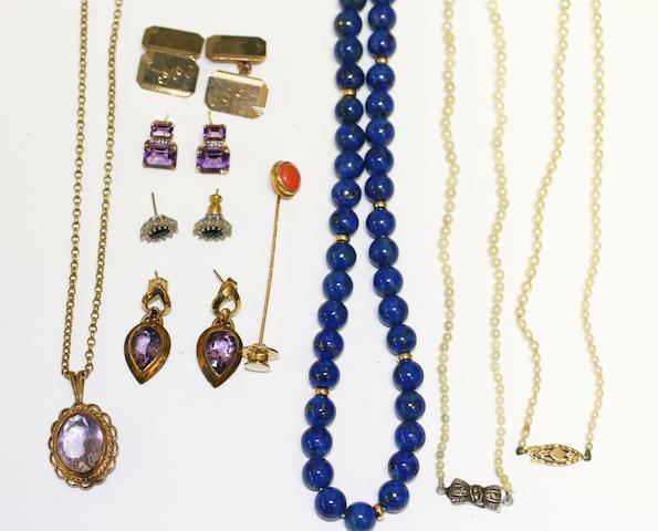 A lapis lazuli single strand necklace
