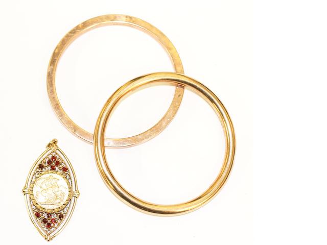 A Sovereign pendant